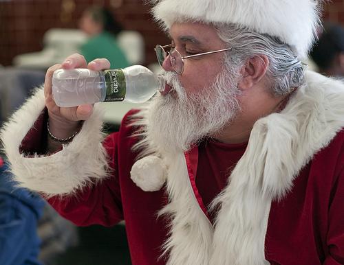 非薬物療法 第4回:食事前に水を飲むと痩せられますか?