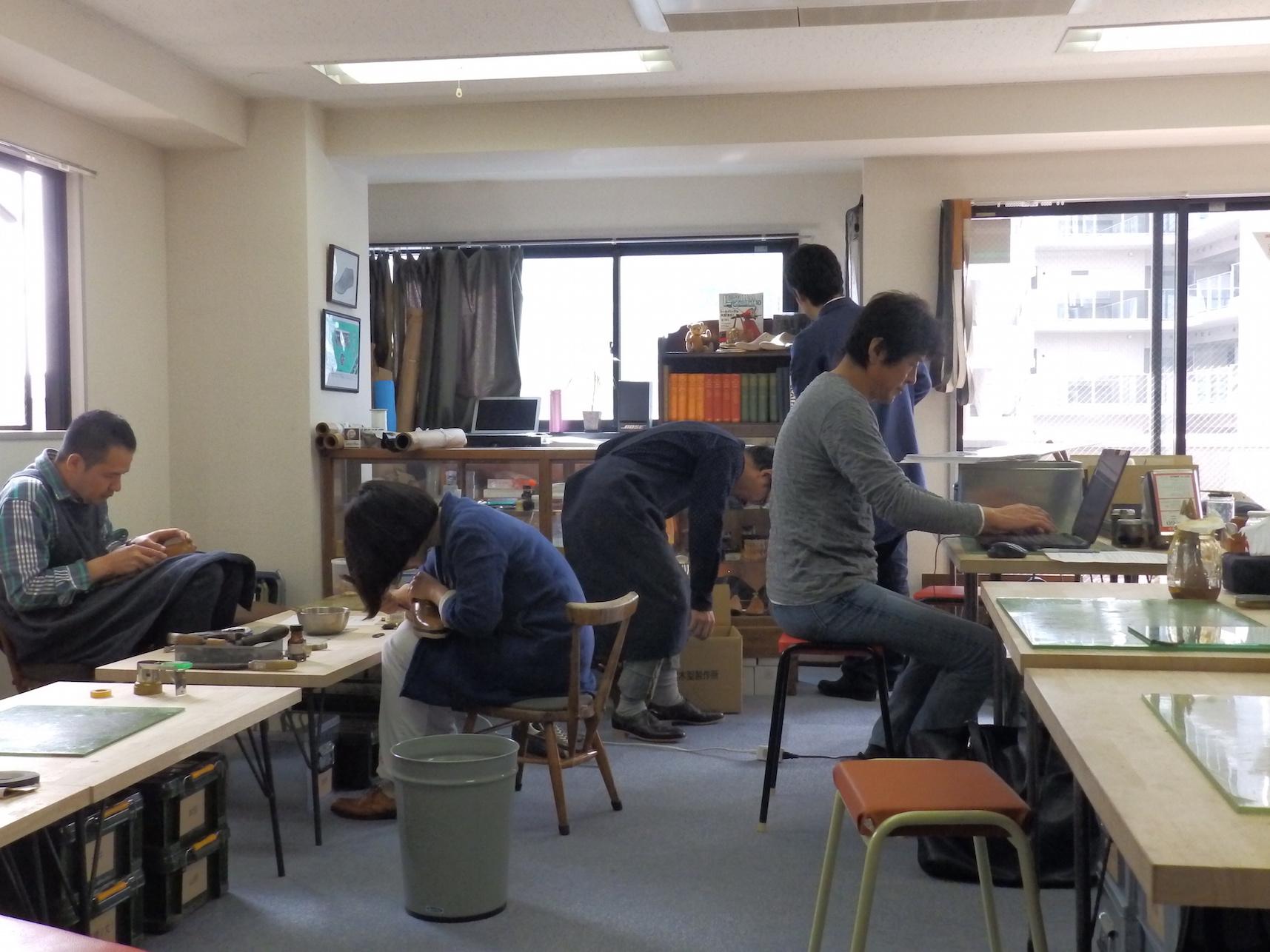 THE SHOEMAKER'S CLASS - 靴職人に教わる本格革靴作り@新三河島駅徒歩1分