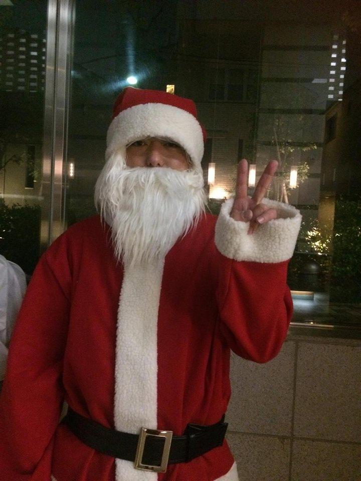 街の人にもメリークリスマスを