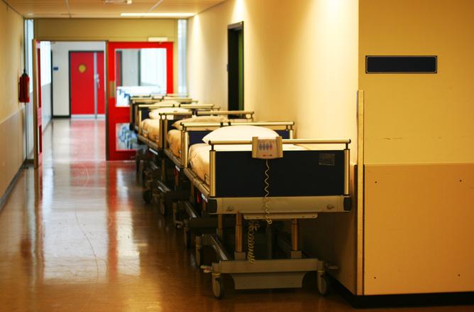 非薬物療法 第7回:手術後はできるだけ早く歩いた方が良いですか?