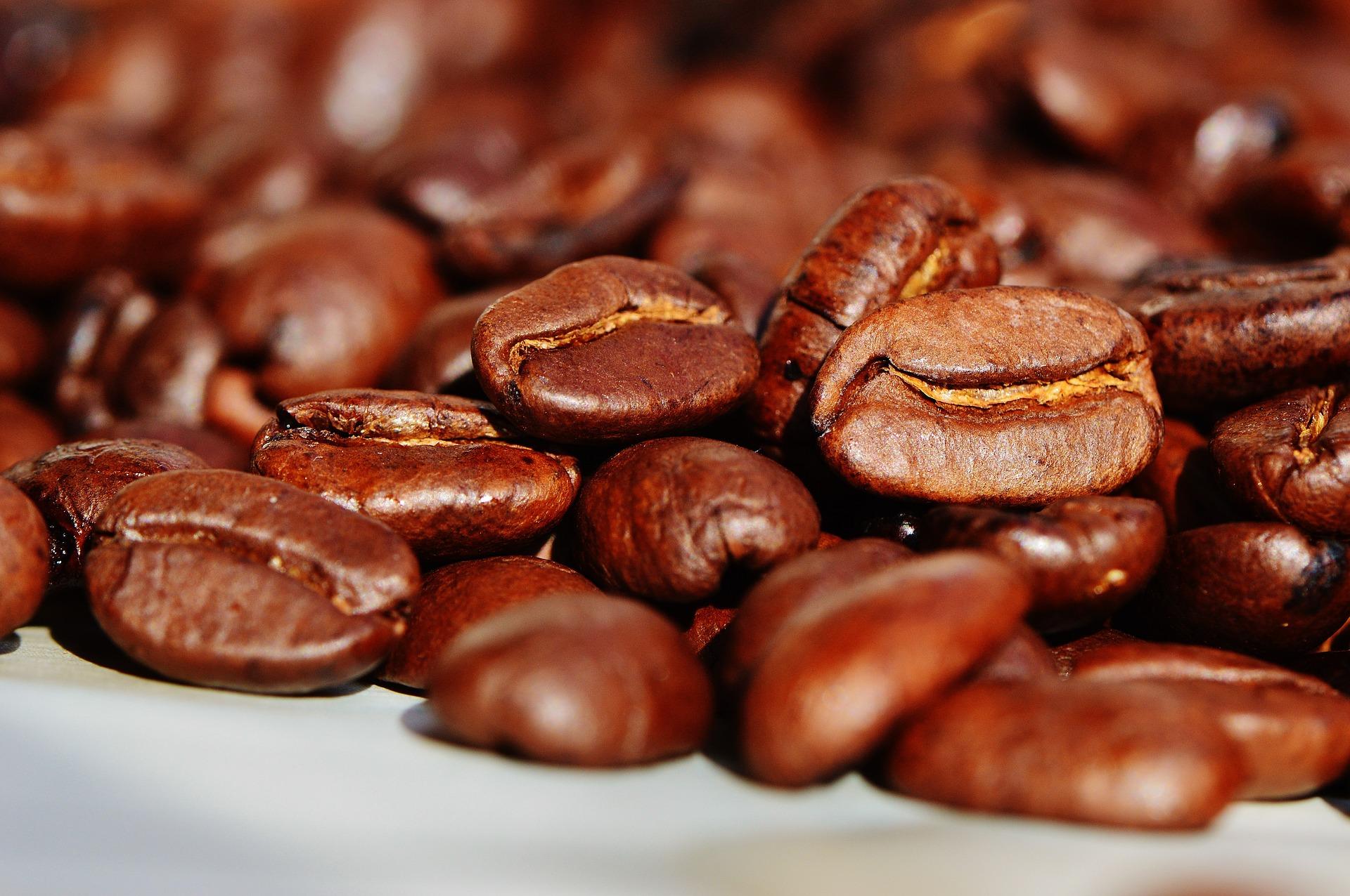 非薬物療法 第8回:コーヒーをたくさん飲むと死亡が減りますか?