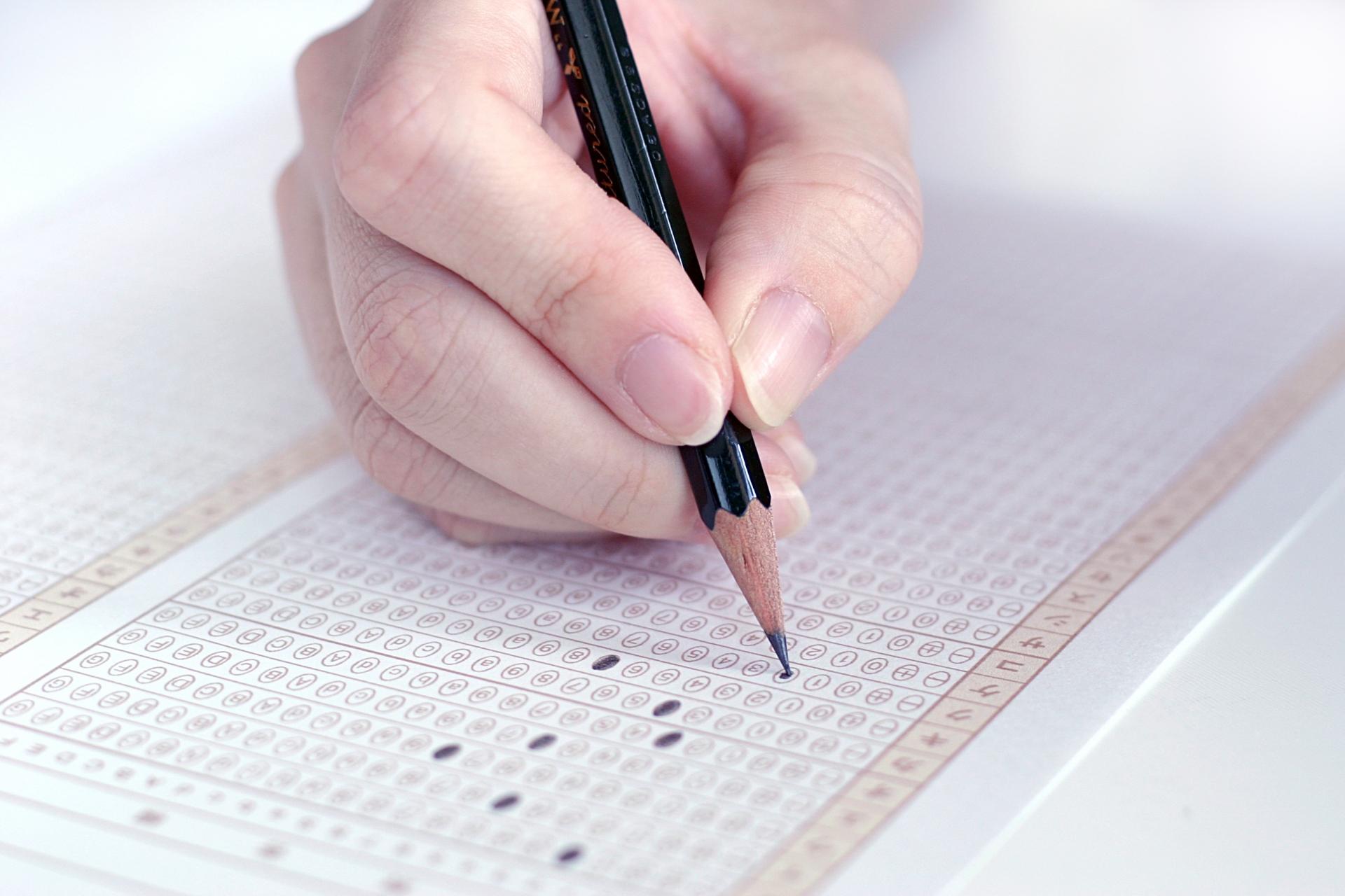 日本の2020年「大学入試改革」はどうなるのか?②-なぜ、試験制度が大きな社会的価値を持つようになったのか?
