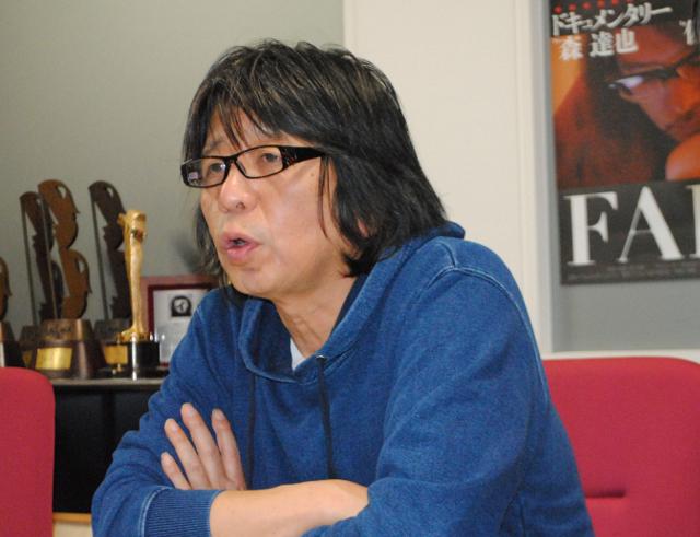 森達也監督に聞く 主演・佐村河内守氏の『FAKE』を撮り終えて