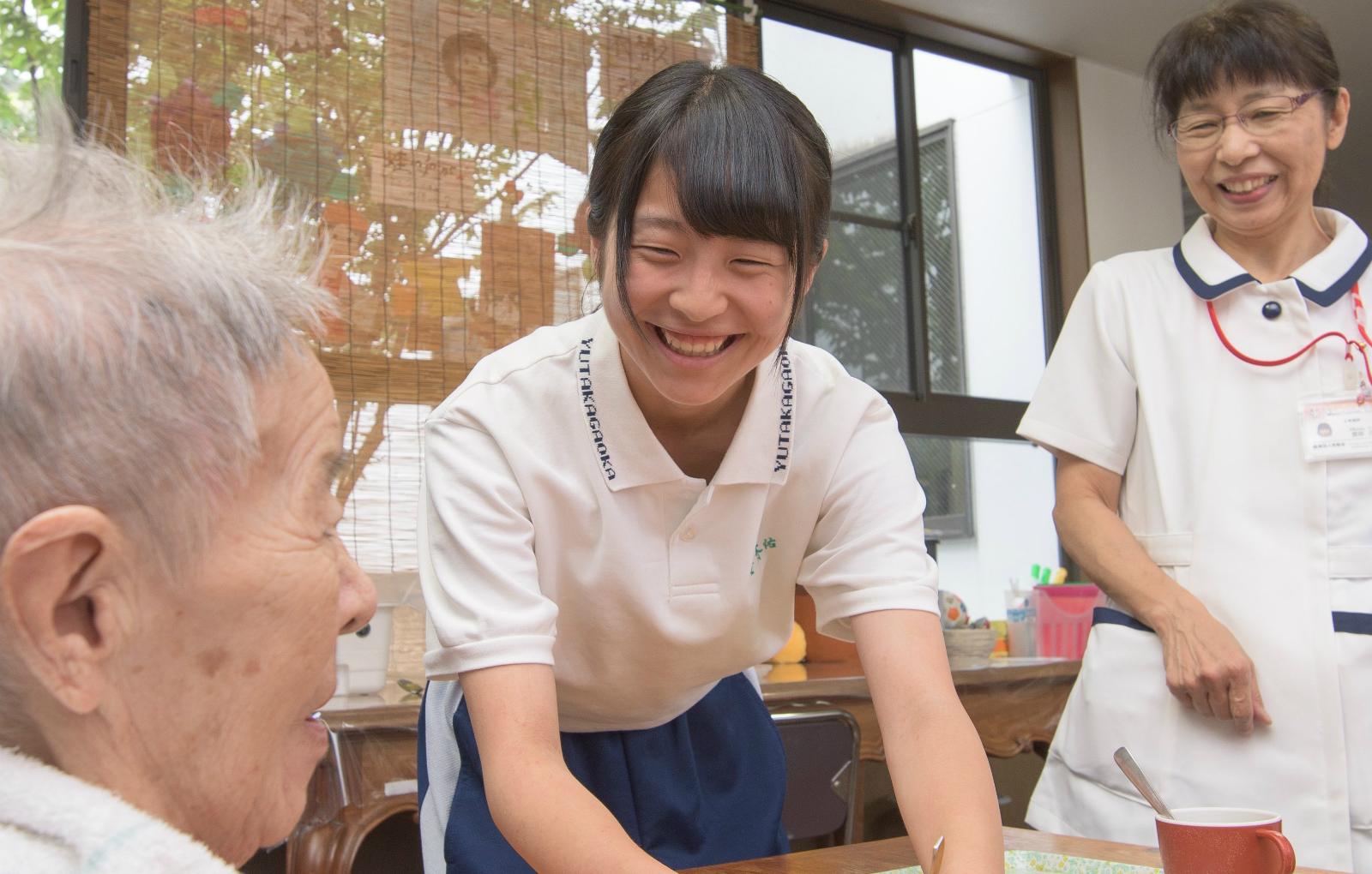 安易な「給付型奨学金」導入で見えなくなる本質的な日本の教育問題とは?-キャリア教育と10代から働ける環境の再構築こそ急務