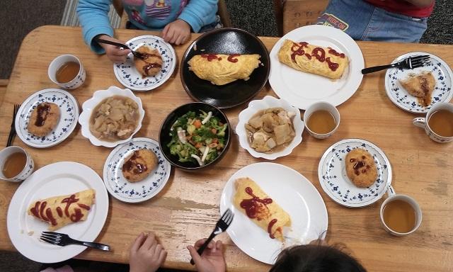 【まち】食を通じた交流や支援、十人十色で/文京区こども食堂連絡会が発足
