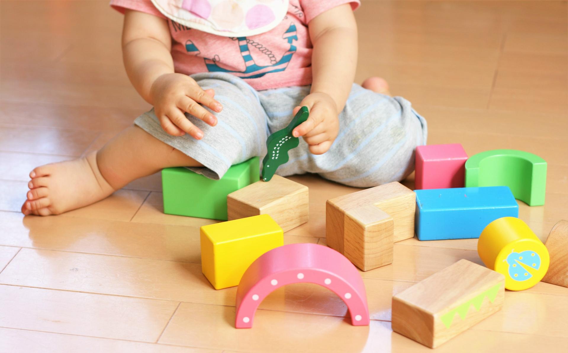 小規模保育園は、従来の保育所よりも保育の「質」が悪いのか?-園の規模や子ども対保育士比は、子どもの発育状況に関連しない