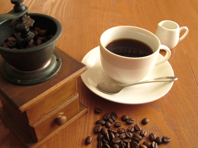 連載「ドラッグ・ウオッチング~確かなデータに基づく薬のエビデンス~」Vol.5-「妊婦のカフェイン摂取と児への影響」