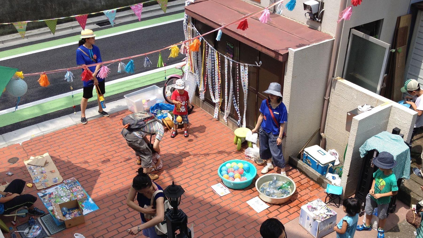 【まち】ママが集う茶話会から、まちの人のつながりを育む「広場」へ/ツチノコ広場