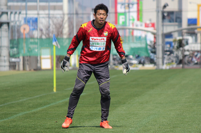 佐藤優也選手「今節はホームなのでピッチに水を撒いてやっているし、もっともっと自分たちらしいサッカーができると思います」