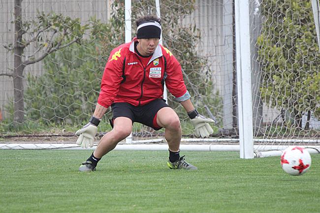 佐藤優也選手「点の取られ方があっさりしている。さらーっとしているので、そのへんは改善していきたい」