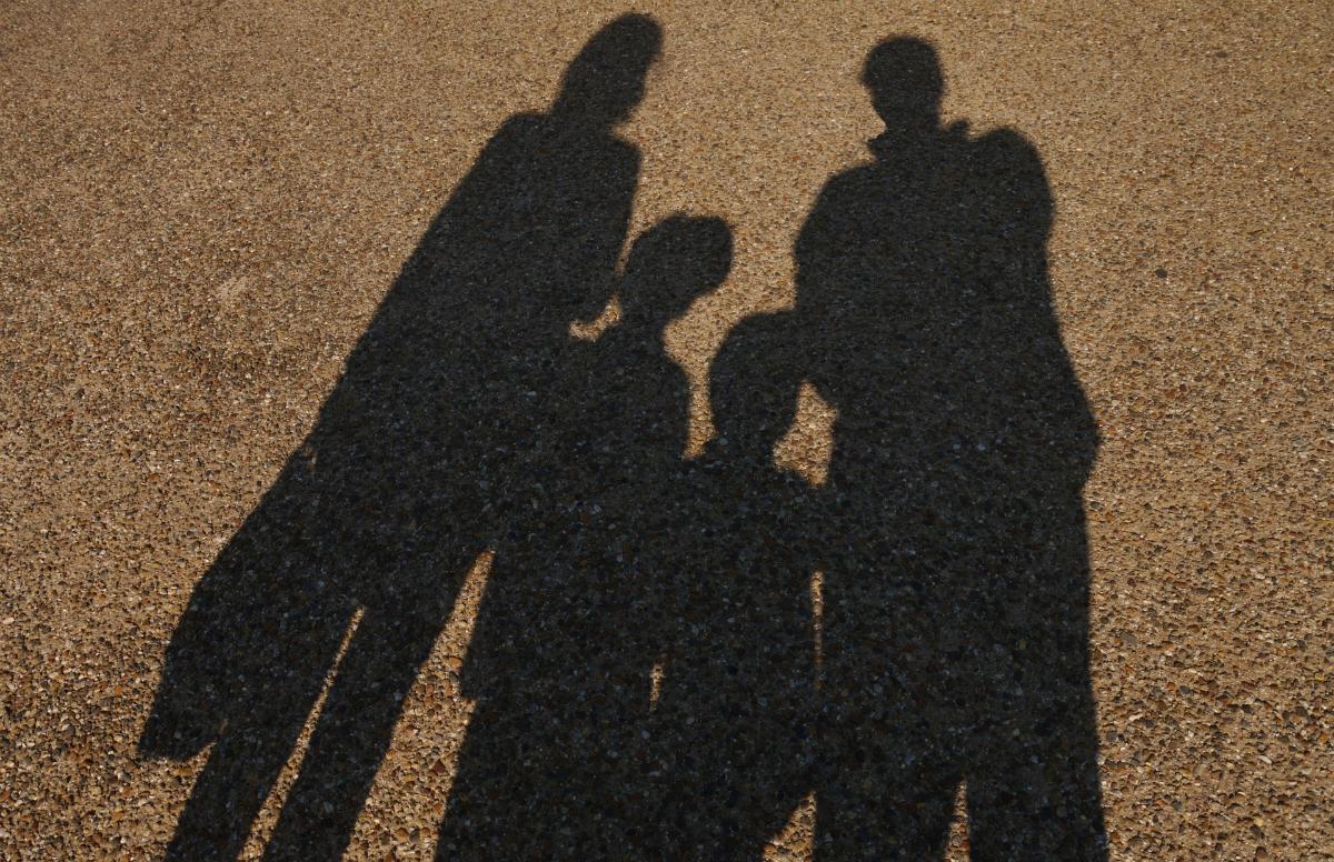 一歩踏み込んだ次の「子どもの貧困対策」とは?-「対子どもだけ」から「対家庭」へ支援を広げて深める