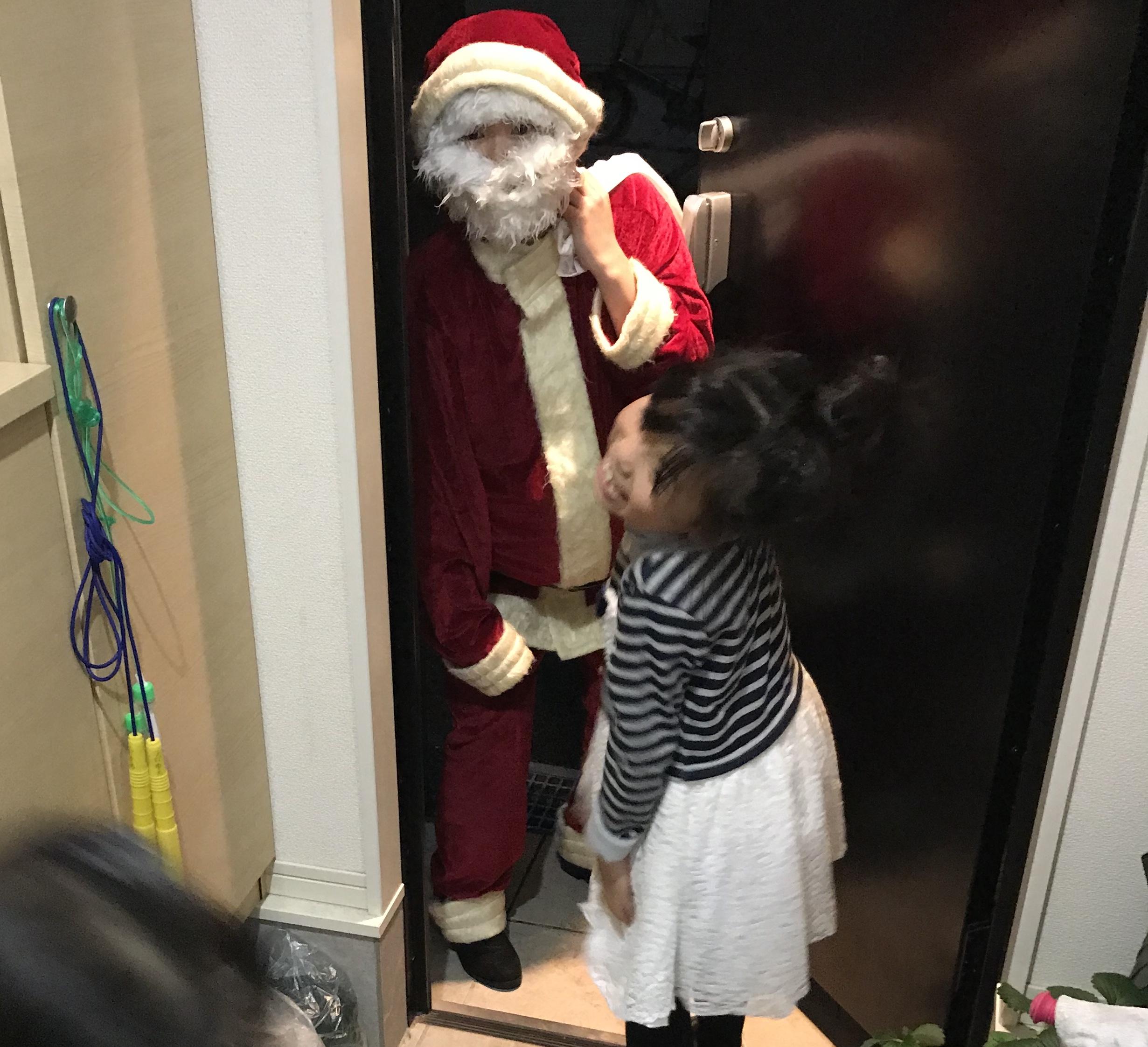 サンタさんは本物かしら?!