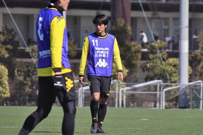 小島秀仁選手「本当に第一には前から行かなきゃいけないかなと思っています」