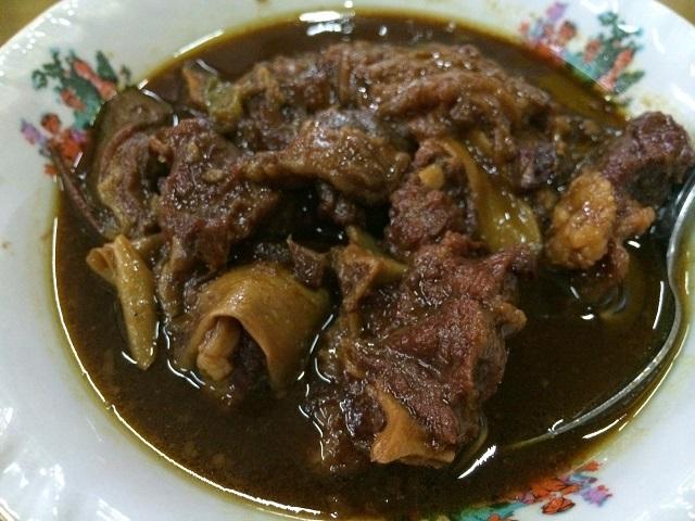 ルマジャンのヤギ肉のクレンセンガン(松井和久)