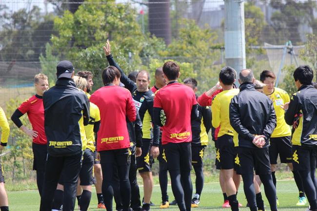 フアンエスナイデル監督「うちに今、必要なのはサッカー的なところよりもメンタル的なところで、それが一番大切です」