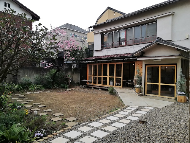 東京のど真ん中に田舎が!?庭の家のカフェひだまり