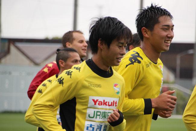 町田也真人選手「僕個人はフレッシュなのでみんなを助けられるようにしたい」