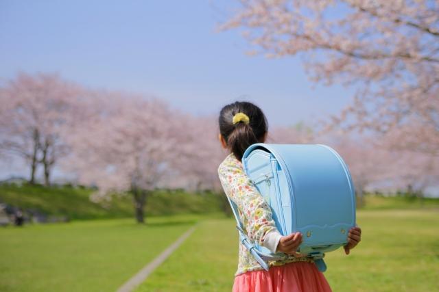不登校への登校刺激が本当にダメな理由【精神科医コラム】