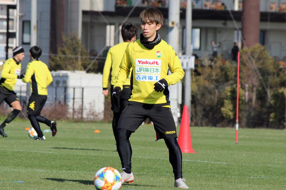 茶島雄介選手「前(のポジション)で出る以上はやっぱりゴールに関わる仕事が求められると思うので、そこは練習から求めていきたいなと思います」