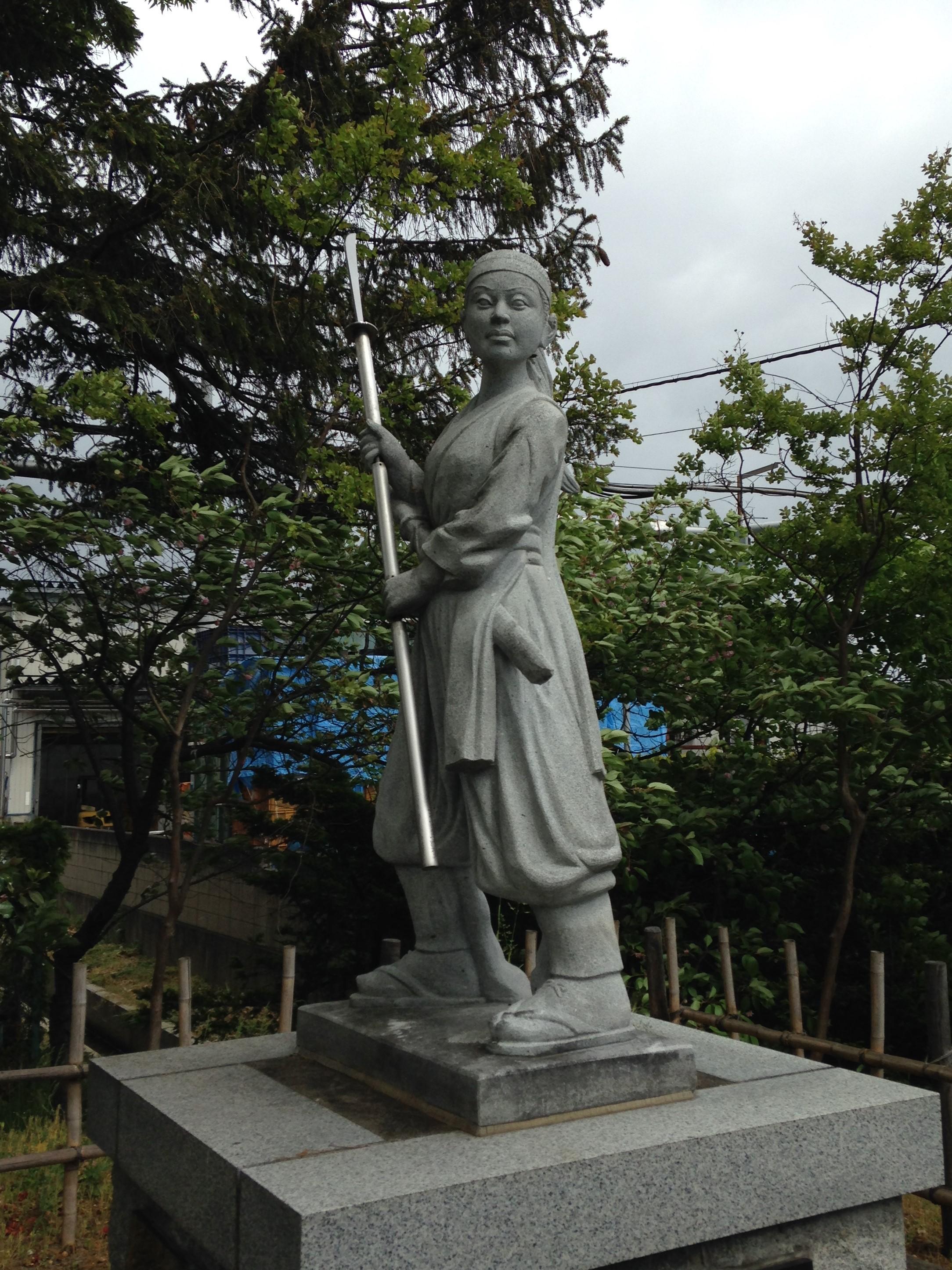 薙刀の名手中野竹子
