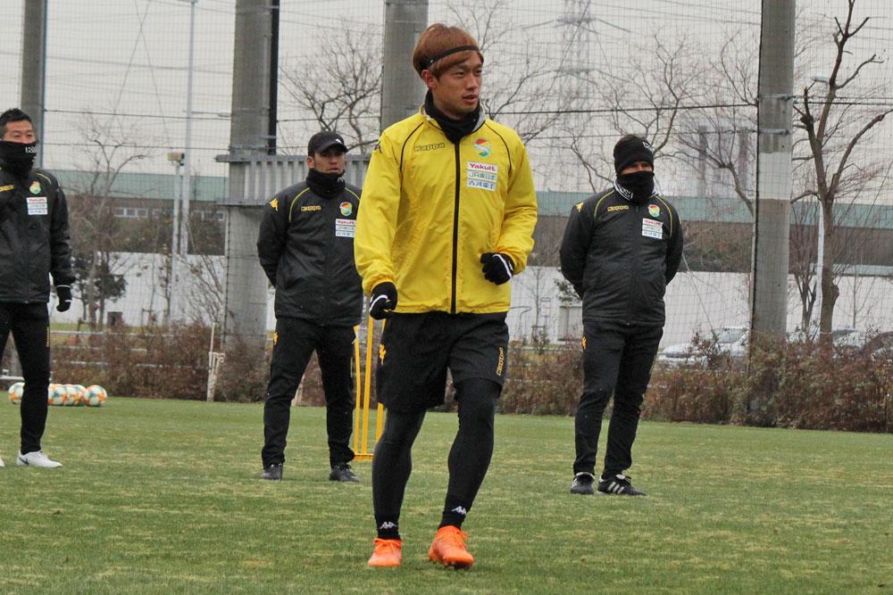 堀米勇輝「しっかりプレーするところを見せて、一日でも早く認めてもらえるように頑張りたい」