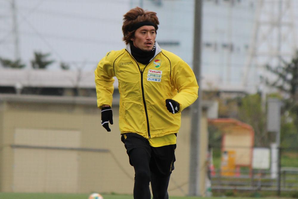 増嶋竜也選手「ボールを奪われた後とか攻守の切り替えの部分、球際など基本的な部分をもう一回見つめ直そうという話をした」