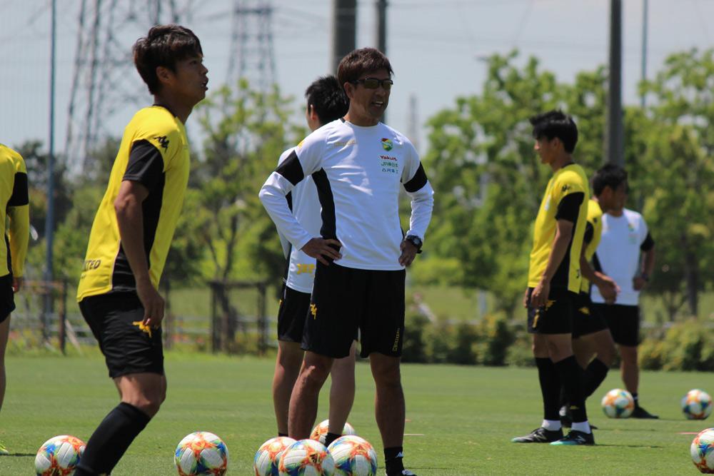 江尻篤彦監督「やっているからいいんじゃなくて、やって結果を出さなければ認めてもらえないということにしっかり持っていきたい」