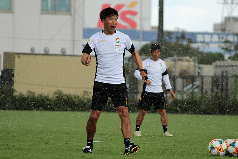 江尻篤彦監督「(勝利を)続けられるように、続けないと上位には行けないので、続けさせられるように、ちょっとまたひと工夫していきたい」