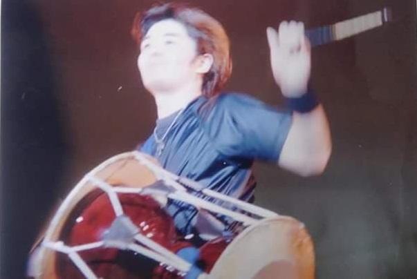 本郷から次世代へ、和太鼓の響きを伝えたい/太鼓奏者、関口範章さんに聞く