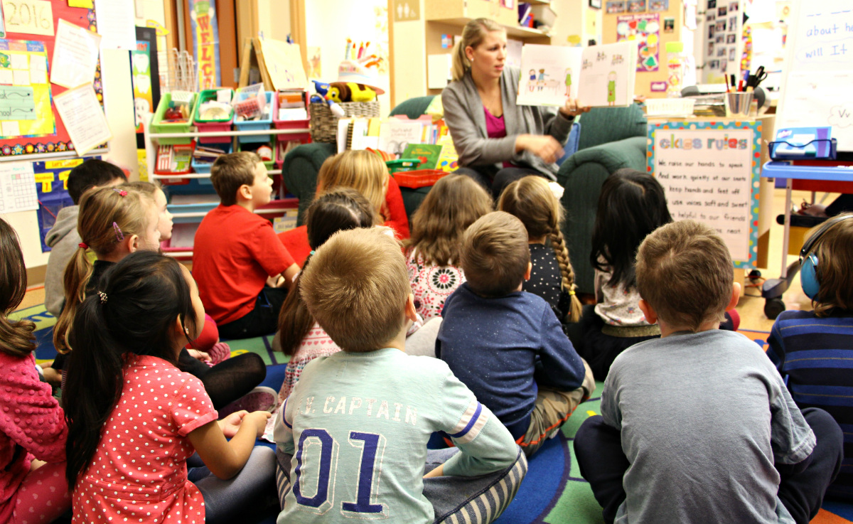 インクルーシブ教育を実現するカナダの教育制度とは?(前編)-学校教員・教師の学びを支え、多様な専門家がチームでサポート