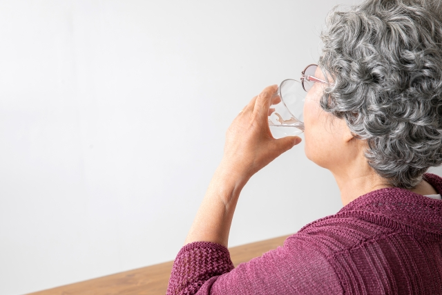 過活動膀胱に水分制限は有用ですか?