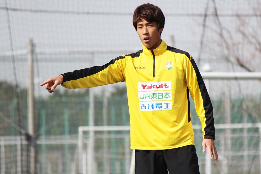 新井一耀選手「今年は開幕戦からホームでできるし、そこで勝つことによってやっぱり自分たちの勢いも出る」