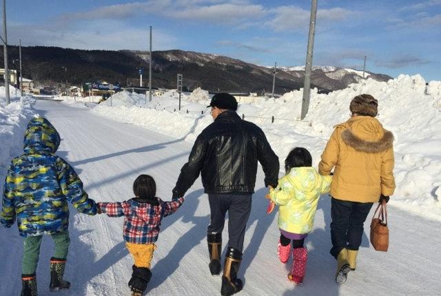 学校へ行くか行かないかではなく、私たち家族が見つけた第三の道
