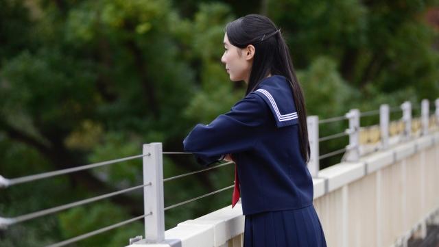学校再開後に急増する女子中学生・高校生の自殺-コロナ禍の10代女子の自殺者数が前年比4倍に