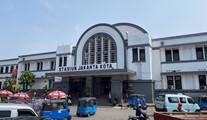 ジャカルタ寸景(2):ジャカルタコタ駅の古時計(横山裕一)