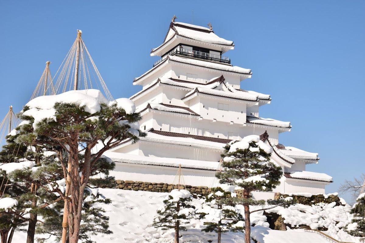新年丑年の會津鶴ヶ城・赤べこ・土津神社
