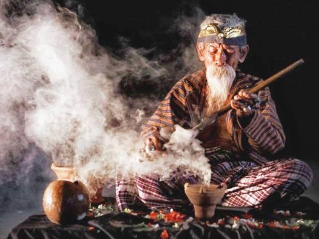 コロナ禍での呪術師をめぐるいくつかの物語(松井和久)