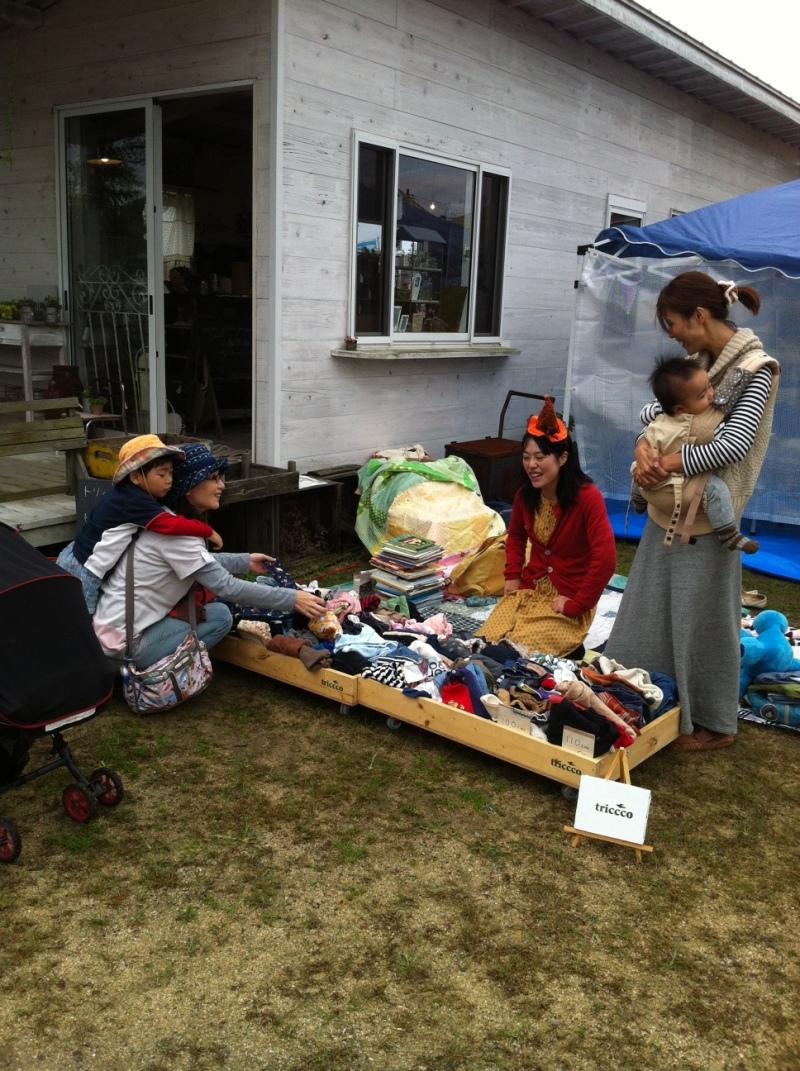 【ボランティア体験レポート】子どものお洋服のとりかえっこに参加しました!