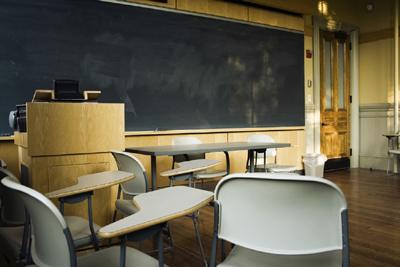 学校では学べないこと(2)