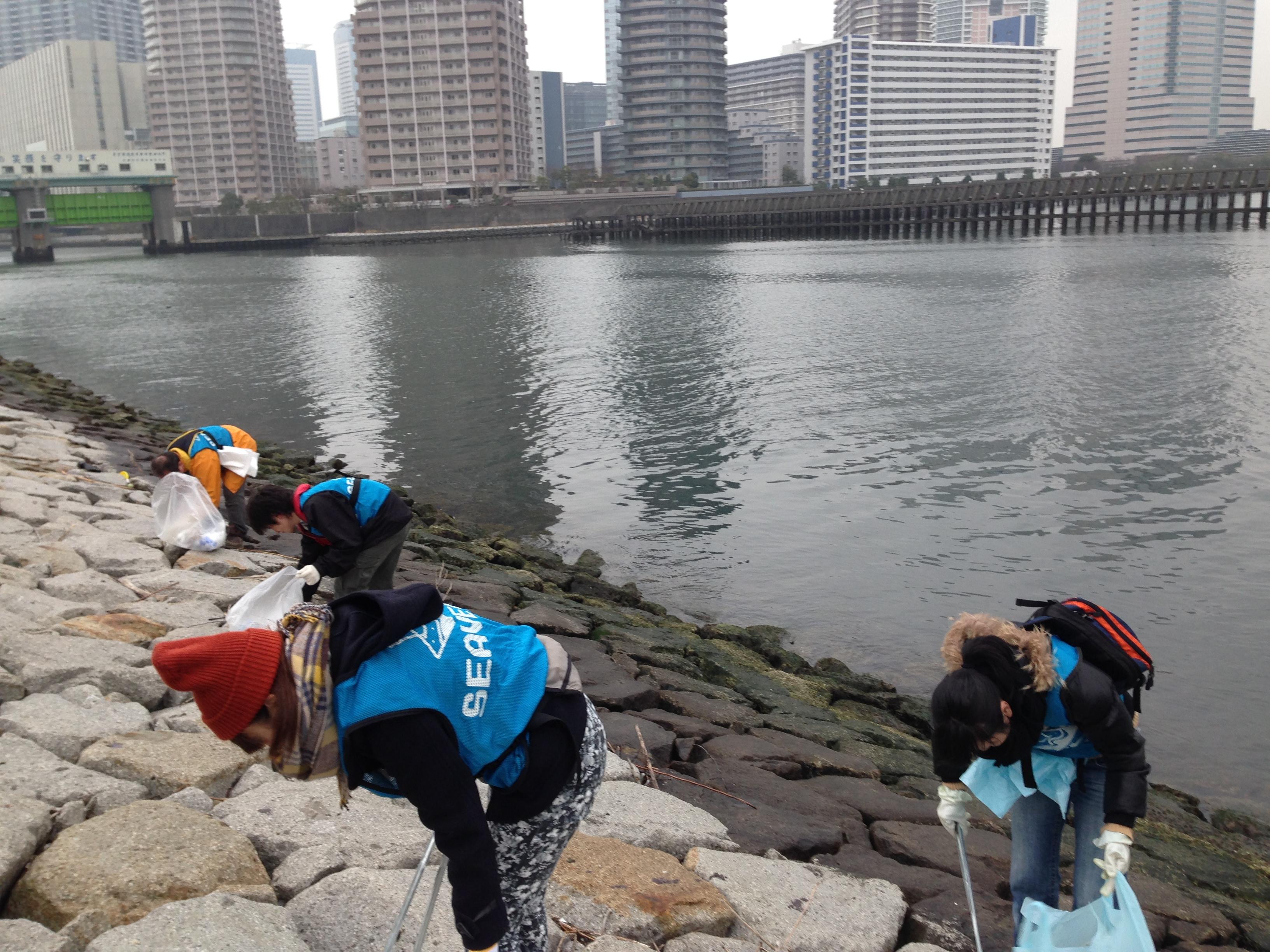 第56回 ・ 57回 水辺の清掃活動を実施しました。