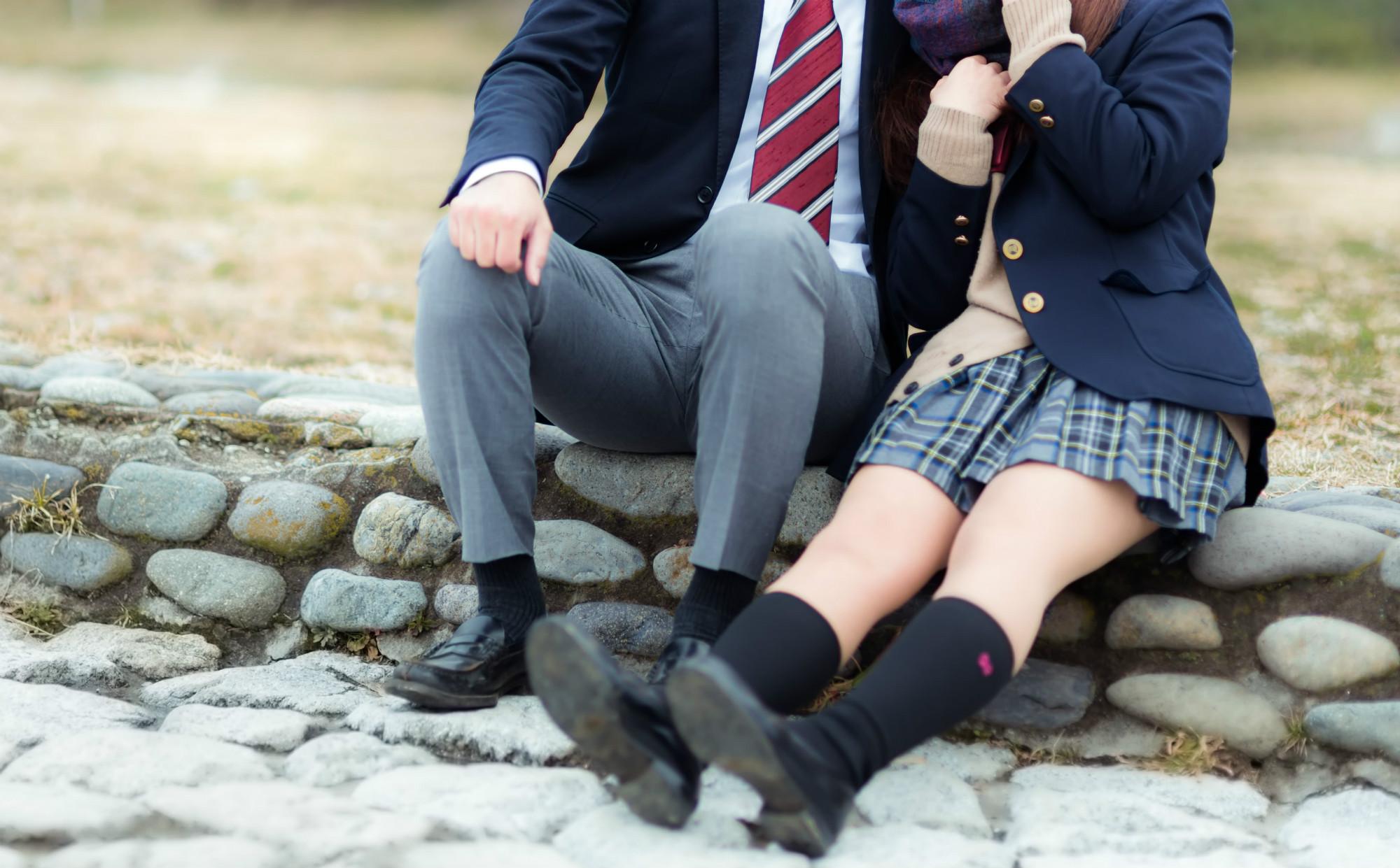 日本の10代の妊娠中絶は1日約53件!他人事ではない若者の性のリアル-性教育が性行動を助長するという誤解