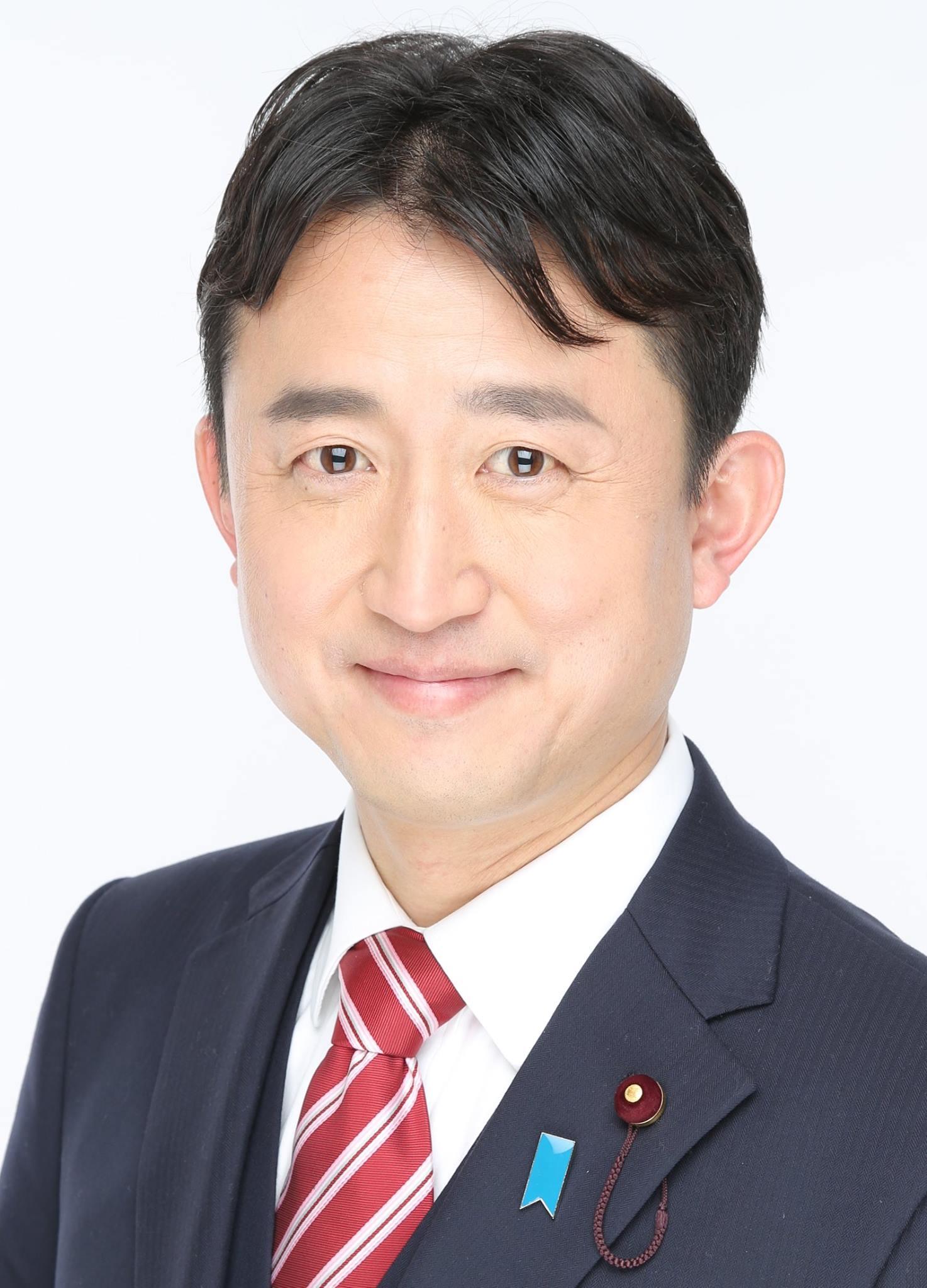 荒川区議会議員候補 - 小坂英二さん(現職 / 日本創新党)