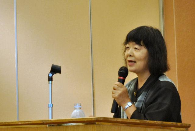 論説「不登校という非常口を」内田良子