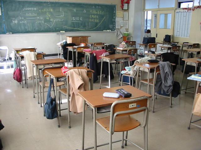 「この社会は平等ではない」と生活保護世帯の高校生は語った。もう一度やり直せる教育システムを(青砥恭)