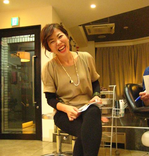 サロン・ルーチェの美容師、外島幸子さん ~ 人と人の輪を広げたい(読者特典付き)