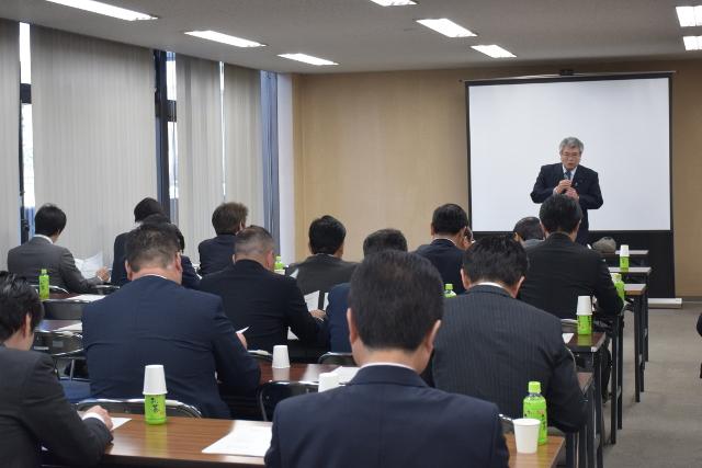 不登校の「教育機会の確保」に向けて 千葉県で議連発足