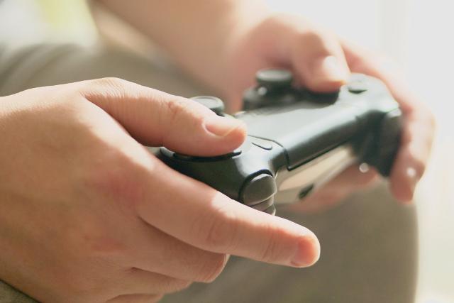 ゲームもしてるし話もできるのに「今後の話」を避けられるのはなぜ? ひきこもり相談員の答え