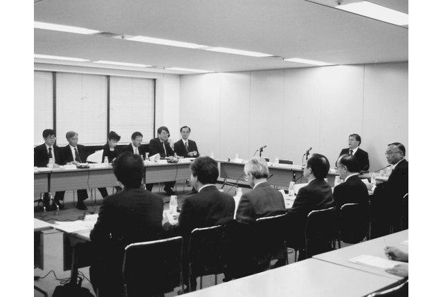 小児薬物療法検討会議が初会合 厚労省