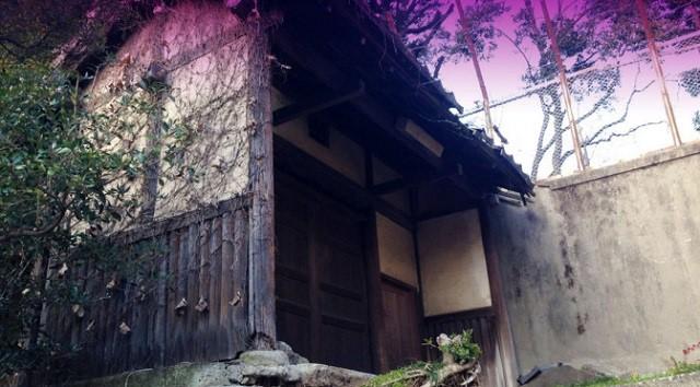 文京区の名坂(東京坂道ゆるラン)朽ちてゆく門と幽霊坂
