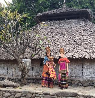 ロンボクだより(24): バヤン地区の手織り布(岡本みどり)